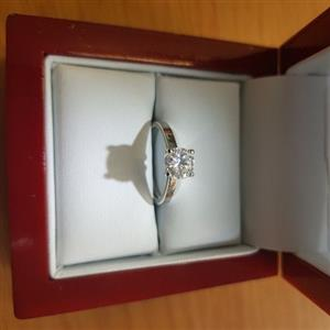 1.84 carat diamand platinum ring VVS2