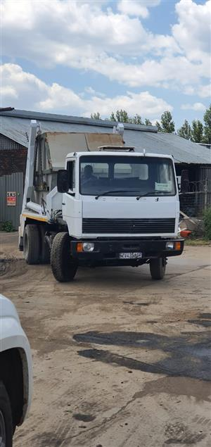 R380k excl 9ton skip merc 1214 1992 with 2018 skip body, engine rebuild 3 months ago at BSG mechanical