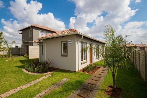 2 Bedroom House For Sale in Moloto, Kwamhlanga