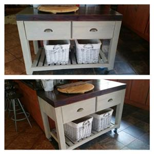 Kitchen Island Farmhouse series 1200 mobile with drawers - Two tone/grey wash