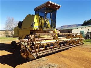 New Holland 8040 Combine Harvester