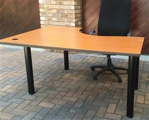 Desk Office  L shape  Cluster Unit
