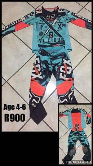 Vicious fox kiddies 4-6 outfit