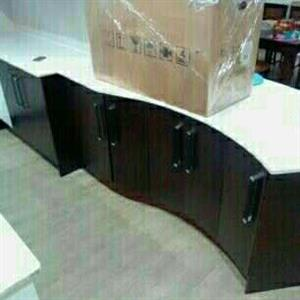 Granite and build in kitchens