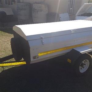 venter 6 foot trailer good condition