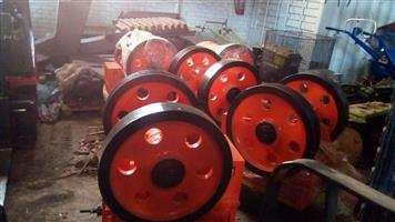 150 x 250 (6'x10') Jaw Crusher with motor