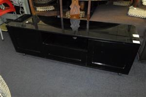 Wooden Plasma Stand - 2 Doors,1 Drawer