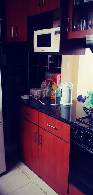 One & half bed flat in Glenwood