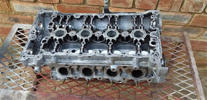 Audi head 2.0 non turbo complete with cams