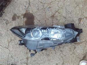 2015 Mazda 3 right headlight for sale