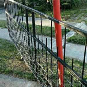 Sliding Gate on weels