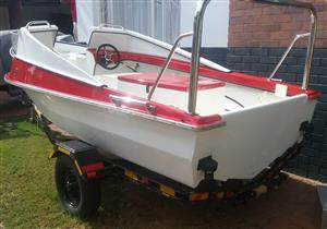 Z-CRAFT STINGER WITH 40HP MARINER OUTBOARD MOTOR IN EXCELLENT CONDITION. AUTO MIX TWO STROKE MOTOR WITH TILLER HANDLE