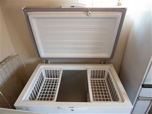 DEFY Chest Freezer, 254L