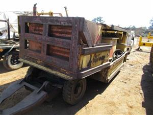 Heavy Duty Machinery on Auction: Vibrating Screens, Compressors, Transformers, Crushers, Pumps and many more.