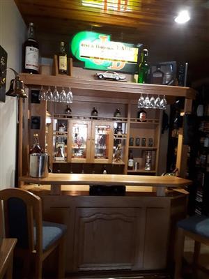 Solid American Oak Wooden Bar