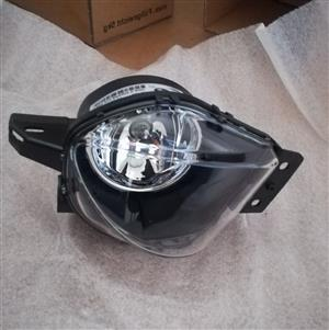 BMW E90 PRE FACELIFT 05/08 BRAND NEW FOGLIGHTS FOR SALE PRICE:R550 EACH