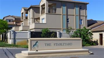ROYAL ASCOT..Modern g/floor apartment, pet friendly, close to My City and Milnerton Medi-Clinic !