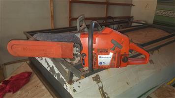 Husqurvarna 61 chainsaw