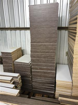 Kitchen and build in cupboards materials - Timber boards