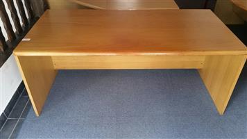 Oak veneer desk