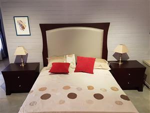 Brand New Queen 3 Pc. Bedroom Set - Mahogany