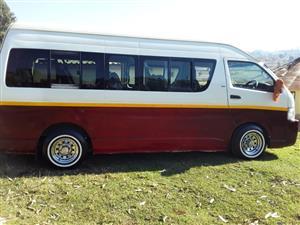 2006 Toyota Quantum 2.7 GL 14 seater bus