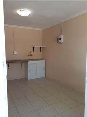 Rooms to let Wilgeheuwel close to Clearwater mall