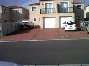 Charming 2 Bedroom Duplex for rent in Lafontana Estate, Gordons Bay