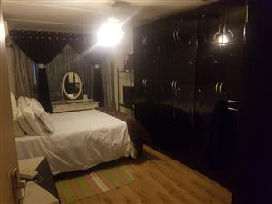3 Bedroom duplex with 1 bedroom granny flat in Woodview