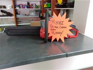 Ryobi Petrol chain saw