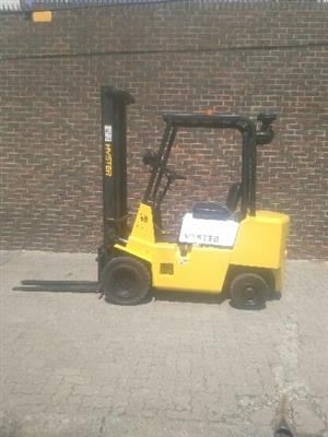 1.75ton Hyster XL petrol forklift