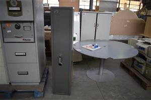 Safes and large round table