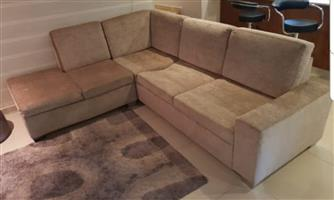 Corner Lounge suite with Day Bed, very good fabric
