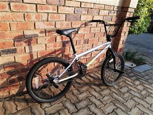 Mongoose BMX Legion L10 for sale