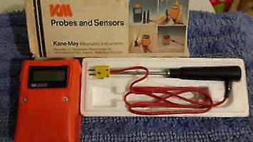 Electronic Digital Thermometer & Probe