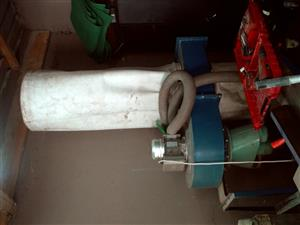 ONE x Extraction unit and bags for woodworking machine tools