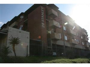 28 Stanley Auckland Park open plan studio townhouse to rent for R4800