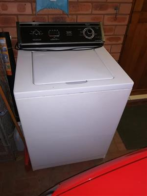 Whirlpool Heavy Duty washing Machine