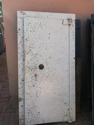 White safe door for sale