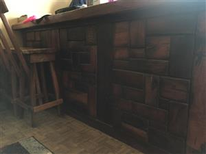 Solid sleeper bar counter and chairs