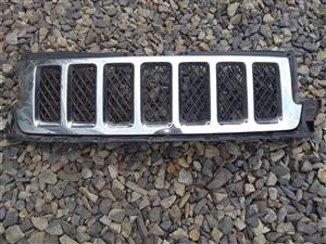 Jeep Grand Cherokee wk2 Front Grill