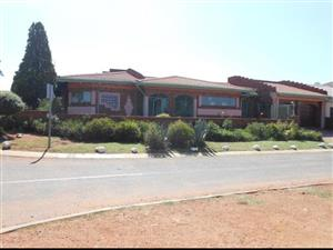 4 Bedroom Home - Lenasia South