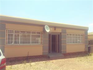 3 bedroom house to rent in Gezina