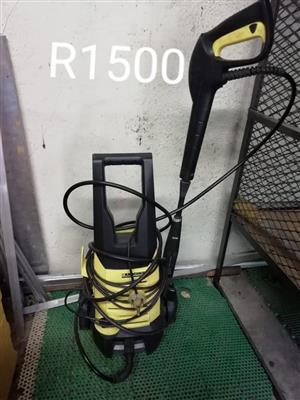 Karcher carpet cleaner for sale
