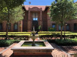 DIE HOEWES: SMALL OFFICE SPACE TO LET IN LYTTELTON MANOR, CENTURION!!