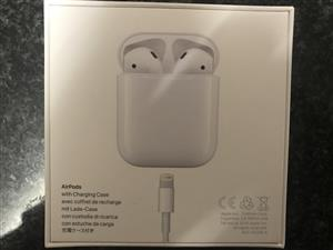 Apple Airpods 1st Generation Bluetooth wireless earphones