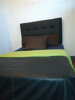 AFFORDABLE ACCOMODATION IN PAROW PAY FOR THE HOURS YOU NEED. 128 ALEXANDRA STREET PAROW.