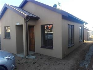 2 Bedroom House to Rent Soshanguve VV