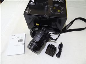 Nikon Coolpix P900 Camera LIKE NEW