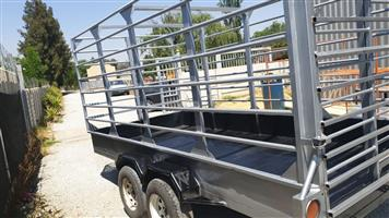 New double axle Cattle trailer for sale